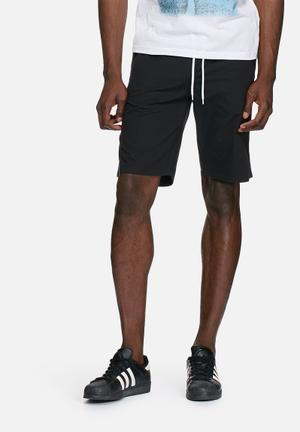 PRODUKT Basic Elasticated Slim Short Black