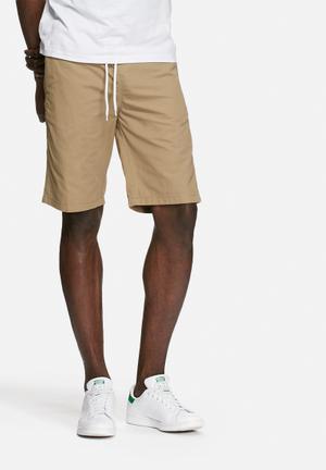 PRODUKT Basic Elasticated Slim Short Khaki