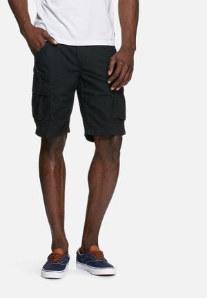 PRODUKT Seven Cargo Shorts Black