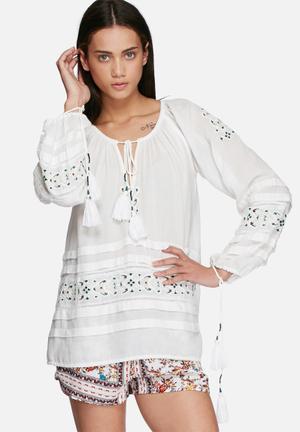 Glamorous Boho Embroidered Top Blouses White