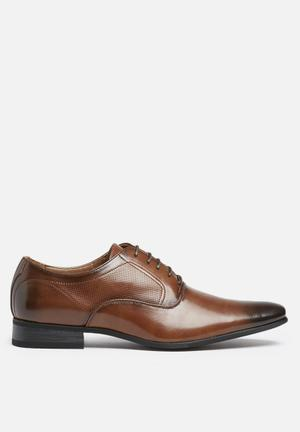 Gino Paoli  Perforated Side Formal Tan