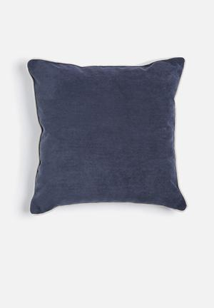 Sixth Floor Sailor Jake Cushion 89% Polyester 10% Polyamide 1% Cotton