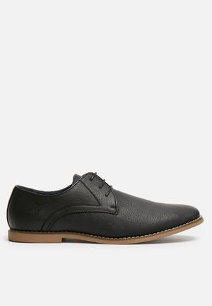 Uncut Clarendon Formal Shoes Black