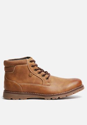Uncut Napier Boots Tan