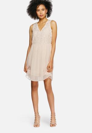 Vero Moda Wind Dress Occasion Blush