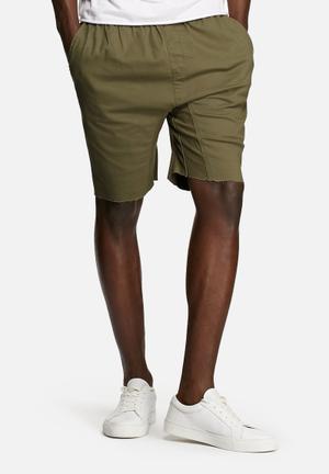 Basicthread Deco Shorts Olive