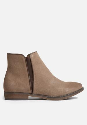 Therapy Maple Boots Taupe