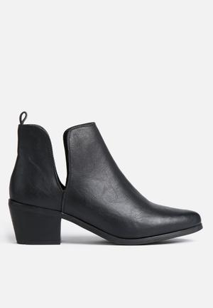 Therapy Fenway Boots Black