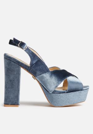 Daisy Street Leah Velvet Platforms Heels Blue