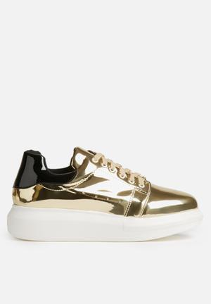 Daisy Street Margot Platform Sneakers Gold