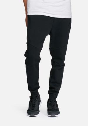 Nike NSW Tech Fleece Jogger Sweatpants & Shorts Black