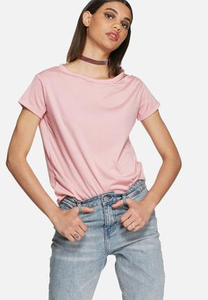 Daisy Street Victoria Distressed Tee T-Shirts, Vests & Camis Pink
