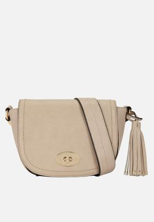 Call It Spring Jerywet Bags & Purses Nude