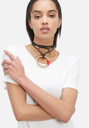 Pichulik Wanderlust Ring Necklace Jewellery Black, Red & Gold