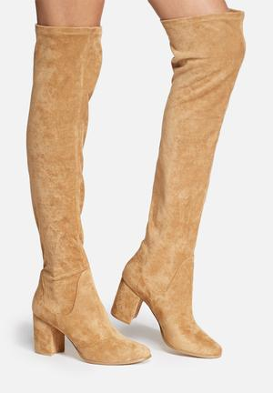 Therapy Hanover Boots Tan