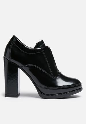 Eton ankle boot