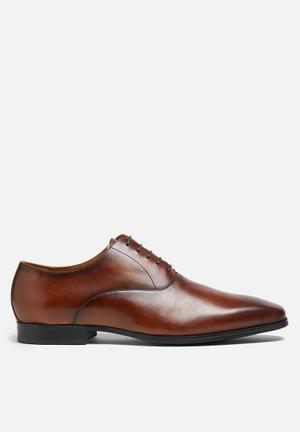 Steve Madden Matador Formal Shoes Dark Tan