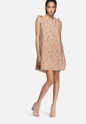 VILA Delusion Dress Formal Dirty Pink