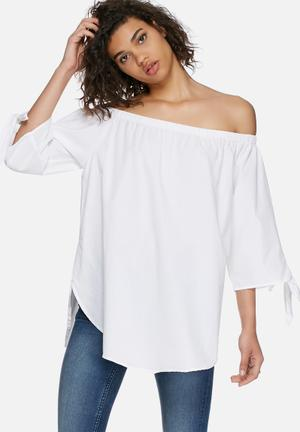 Vero Moda Emilia Off Shoulder Top Blouses