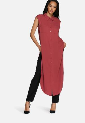 Glamorous Sleeveless Shirt Dress Casual Rasberry