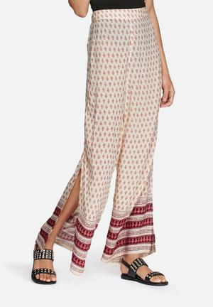 Glamorous Border Print Palazzo Pants Trousers Cream & Red