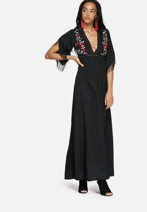 Glamorous Embroidered Maxi Dress Casual Black