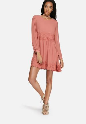 Glamorous Lace Trim Dress Casual Pink
