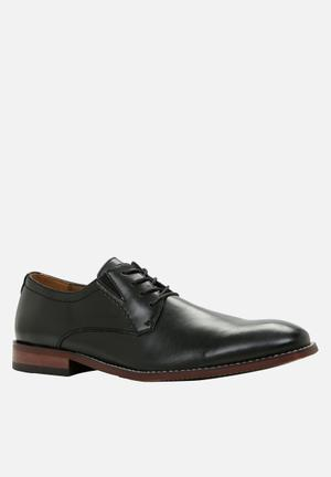 Call It Spring Polizzello Formal Shoes Black