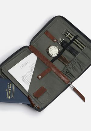 Fossil Pilot Set Watches Cream & SIlver
