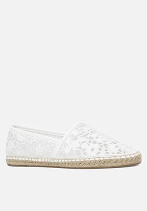 ALDO Molinis Pumps & Flats White