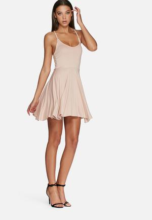 Missguided Cross Back Skater Dress Casual Nude