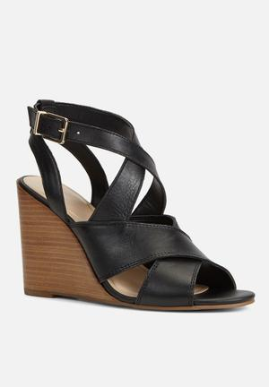 ALDO Judeth Heels Black