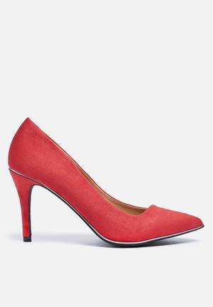 Madison® Amelia Heels Red