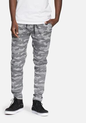 Jack & Jones CORE Camo Tight Joggers Sweatpants & Shorts Grey