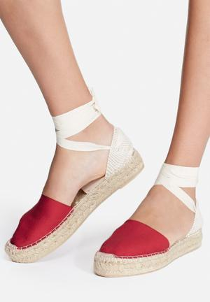 Espadril Roja Pumps & Flats Red & Cream