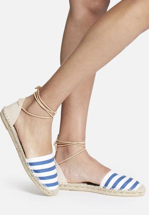 Espadril Playera Azul Pumps & Flats White & Blue