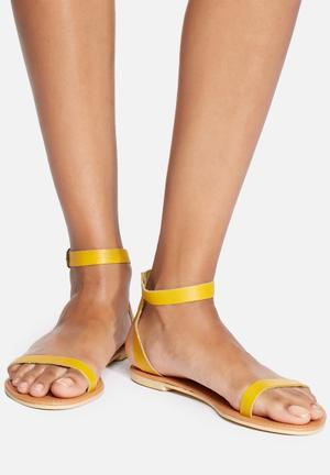 Dailyfriday Yolanda Leather Sandal Yellow