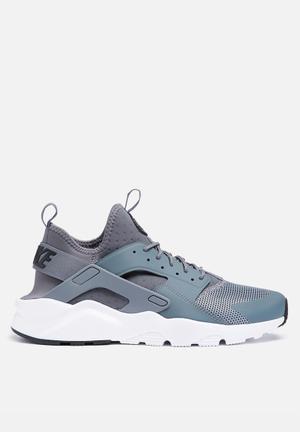 Nike Nike Air Huarache Run Ultra Sneakers Cool Grey / White
