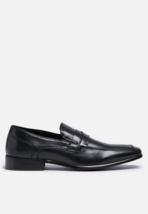Steve Madden Dubbel Formal Shoes Black