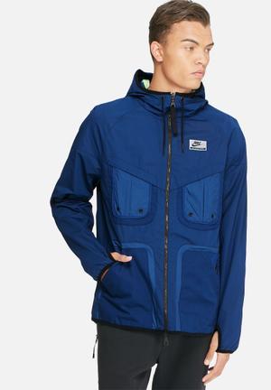 Nike International Windbreaker Hoodies & Sweatshirts Blue