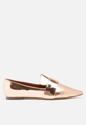 Dailyfriday Sole Pumps & Flats Rose Gold