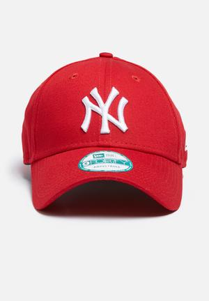 New Era 9Forty NY Yankees Headwear Red
