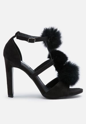 Cape Robbin Salia Heels Black