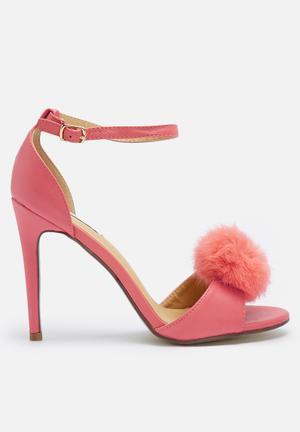Cape Robbin Aless Heels Pink