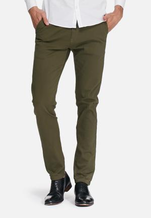 Basicthread Slim Chinos Green