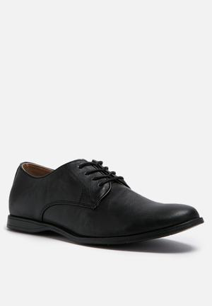 Call It Spring Martre Formal Shoes Black