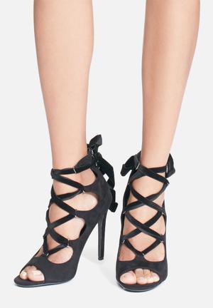 Cape Robbin Corina Heels Black