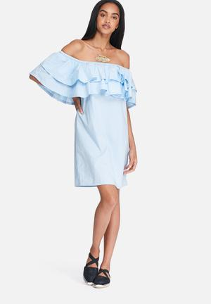 Noisy May Mella Off Shoulder Dress Casual Blue