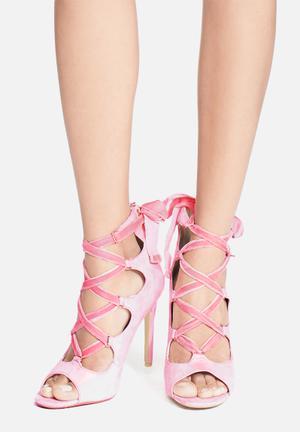 Cape Robbin Corina Heels Pink