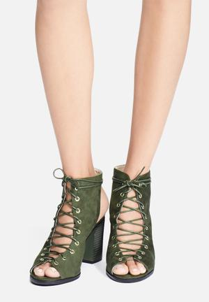 Cape Robbin Carrie Heels Olive